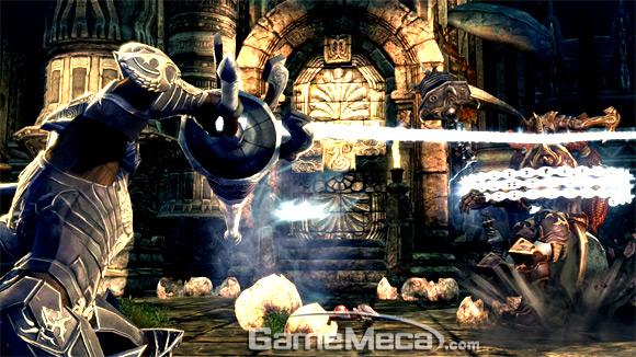 Умение Lancer использовать цепь, чтобы поймать противника, было впервые показано на Gstar