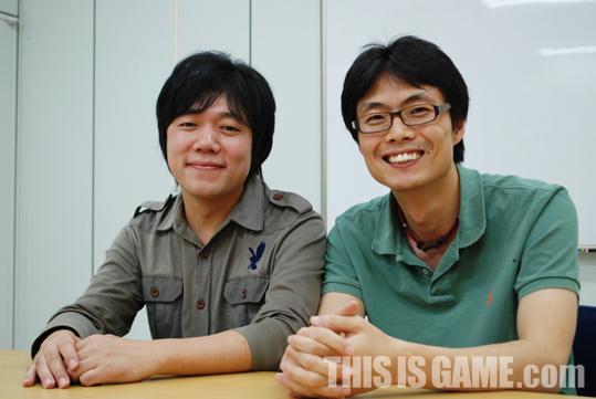 Слева направо: Dong-geon Yi и Jeong-hyeon Yu
