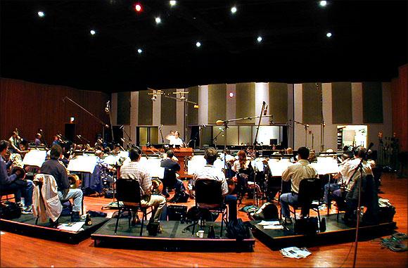 Запись саундтрека в студии Sonar Eclipse